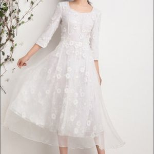 Dresses & Skirts - NEW White Embroidered Evening A-line Midi Dress